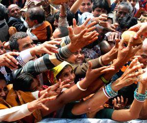 Pilgrims throng Kapilmuni's Ashram on Makar Sankranti