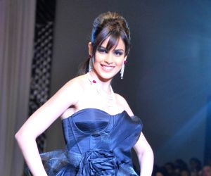 Genelia D'Souza enjoys