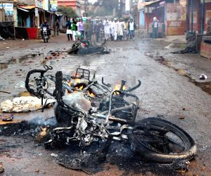 Clash erupts between two groups in Giridih