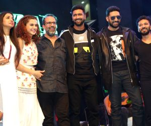"Grater Noida: Promotion of film ""Manmarziyaan"" - Vicky Kaushal and Taapsee Pannu"
