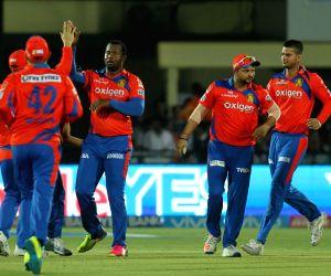 IPL - Gujarat Lions vs Mumbai Indians