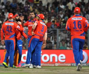 IPL - Kolkata Knight Riders vs Gujarat Lions