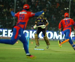 IPL - Gujarat Lions vs Kolkata Knight Riders
