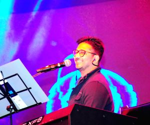 Amit Trivedi performing live at the MTV Unplugged season 4