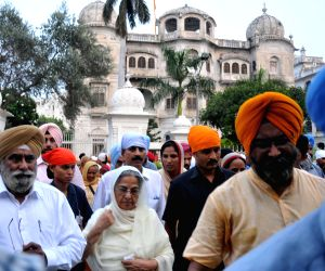 Gursharan Kaur, wife of former Prime Minister Manmohan Singh arrives to pay obeisance at Golden Temple