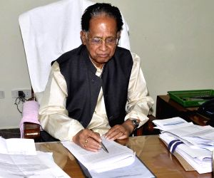 Gogoi gives final touches to Assam Budget 2015-16