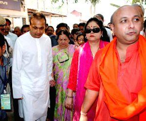 Anil Ambani visits Kamakhya Temple