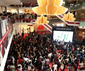 H&M woos fashionistas with second store in India