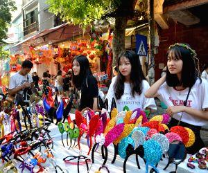 VIETNAM-HANOI-MID-AUTUMN FESTIVAL