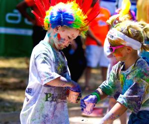 Harare (Zimbabwe): Color Run held to promote healthy living and benefit charity
