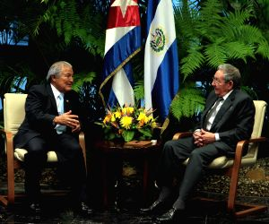 CUBA HAVANA EL SALVADOR POLITICS VISIT
