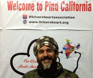 Heart to heart at Tikri's Pind California