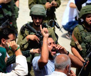 MIDEAST HEBRON PROTEST