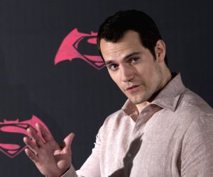 Henry Cavill finds 'Superman' rumours extraordinary yet frustrating