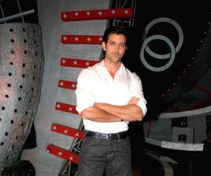 Hrithik Roshan Guzarish on the sets of ZEE Saregama.