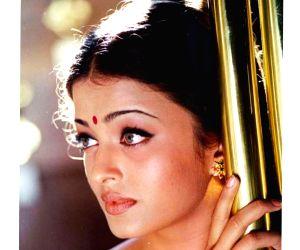 'Hum Dil De Chuke Sanam' turns 22: Aishwarya calls film evergreen