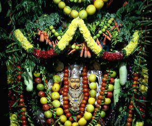Durga idol decorated with 250 kgs of vegetables