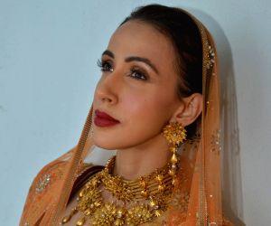 Bridal jewellery fashion show - Tarun Tahiliani