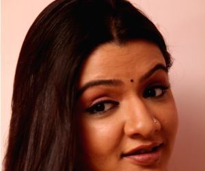 'Aarthi Aggarwal' - photoshoot