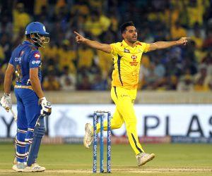 Chahar, Tahir star as Chennai restrict Mumbai to 149/8