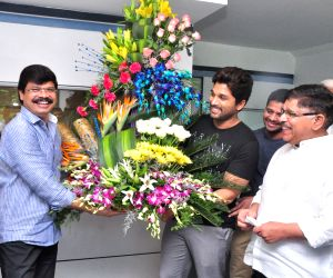 Boyapati Srinu birthday celebration