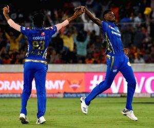 Alzarri Joseph's sixer hands Hyderabad 40-run defeat