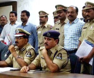 Hyderabad Police Commissioner'a press conference