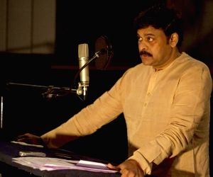 Chiranjeevi voice over to Rudrama Devi movie - stills