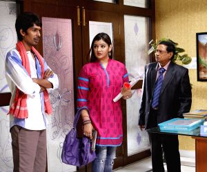 Hyderabad: Stills of telugu movie Aame Evaru