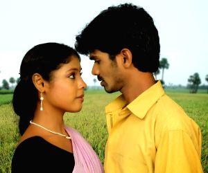 Stills of telugu movie Thavarana Pathai