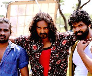 Telugu film Thappatadugu stills
