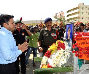 Last rites of Major Tahir Hussain Khan