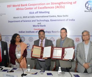 IIT Roorkee Director Professor Ajit K Chaturvedi, World Bank representative and other dignitaries during a an MoU exchanging ceremony between the Govt. of India Department of Science and ...