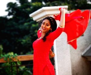 Ileana's 'killer workouts' have made her arms sore