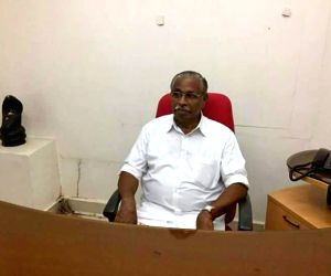 Free Photo: Money was offered to topple Cong government in Puducherry: Independent MLA
