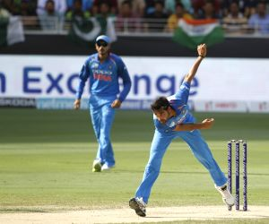 Asia Cup: India restrict Pakistan to low total