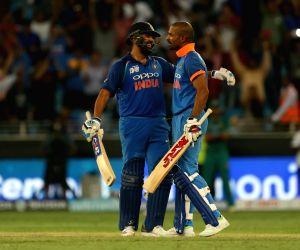 Asia Cup 2018: Rohit, Dhawan brush aside Pakistan