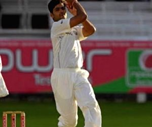 Former pace bowler RP Singh's father passes away due to Covid