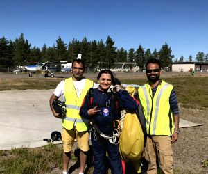 Indian woman skydives with Tricolour in Finland to celebrate I-Day