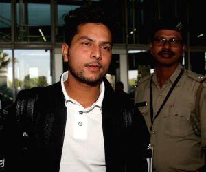 Virat Kohli arrives at Kolkata airport