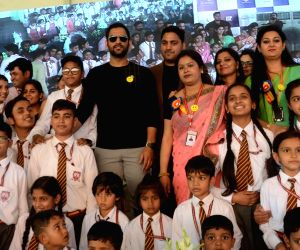 Dhoni inaugurates sports academy at a Lucknow school