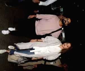 Virat Kohli and Anushka Sharma seen at Mumbai airport