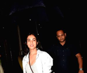 Sonal Chauhan seen at Juhu