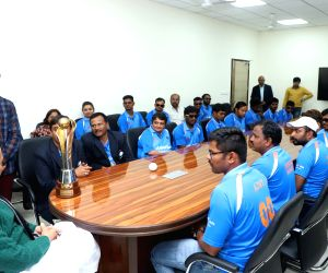 Indian Blind Cricket team meets Rajnath Singh