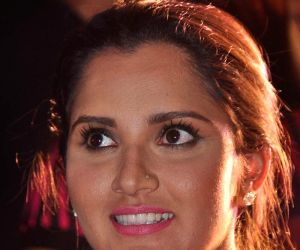 Sania Mirza launches CELKON cell phone