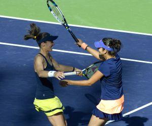 Martina Hingis and Sania Mirza won the women's doubles title
