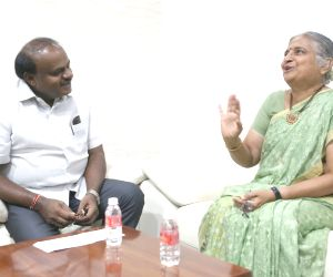 Infosys Foundation Chairperson Sudha Murty meets Karnataka Chief Minister H. D. Kumaraswamy, in Bengaluru on July 7, 2018.