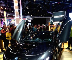 Connected cars, 5G technology, VR gaming dominated CES 2017