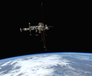 Cygnus spacecraft leaves ISS after giving orbital boost