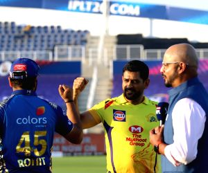 Chennai Super Kings win toss, opt to bowl in IPL opener